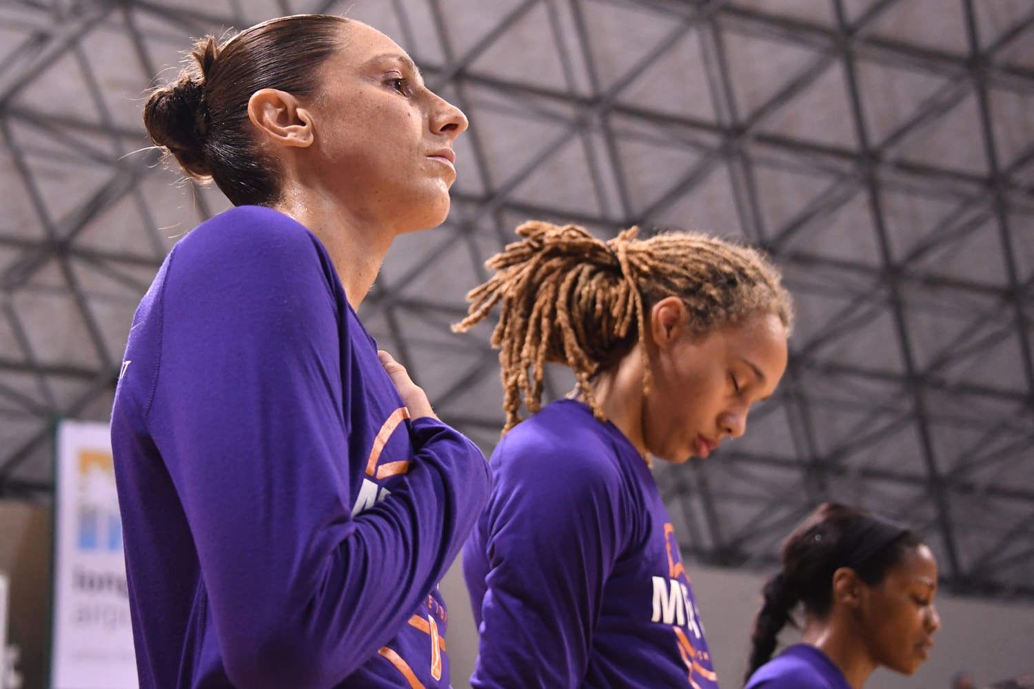 Phoenix Mercury v Los Angeles Sparks - Game Two: Taurasi and Griner during the anthem