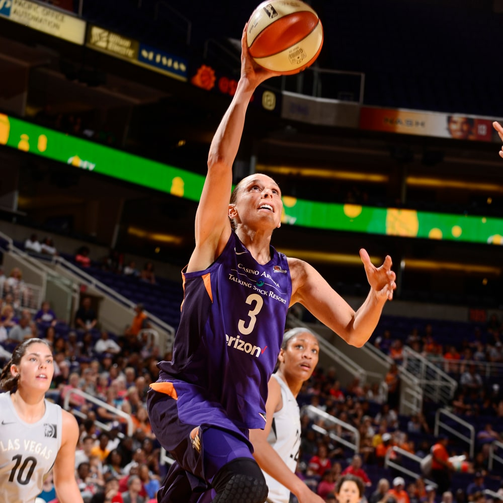 Diana Taurasi with an open look