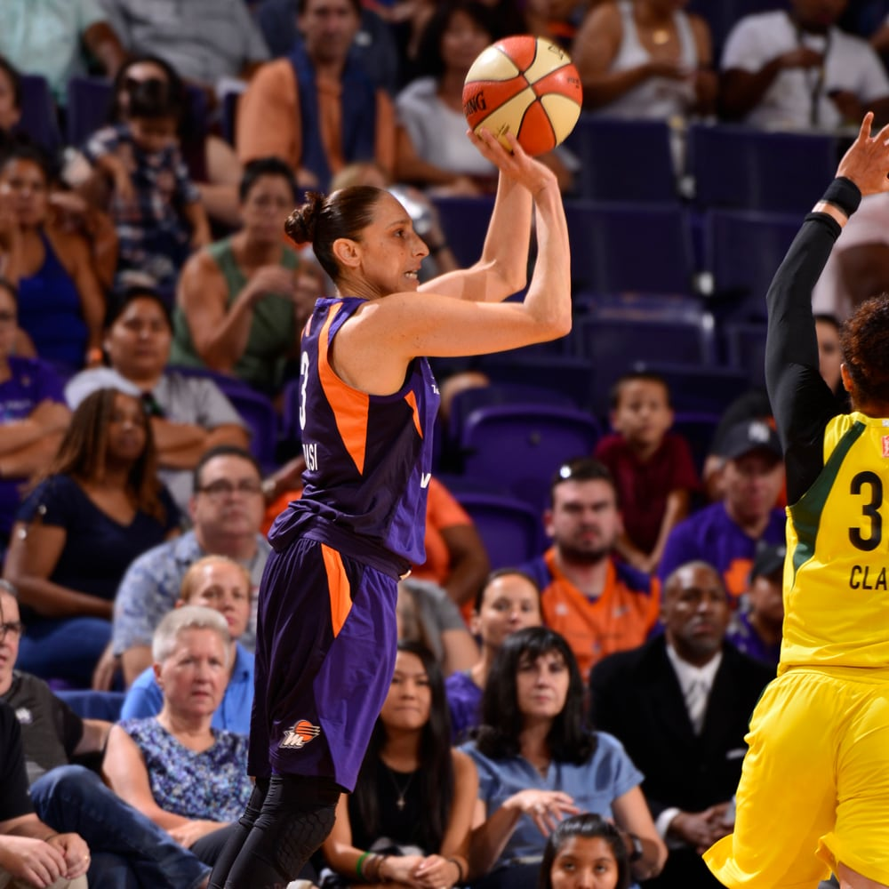 Diana taurasi three-pointer