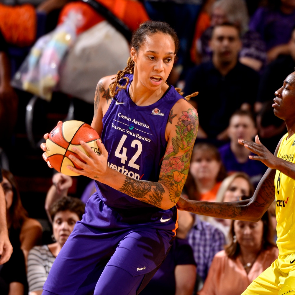 Brittney Griner in the post