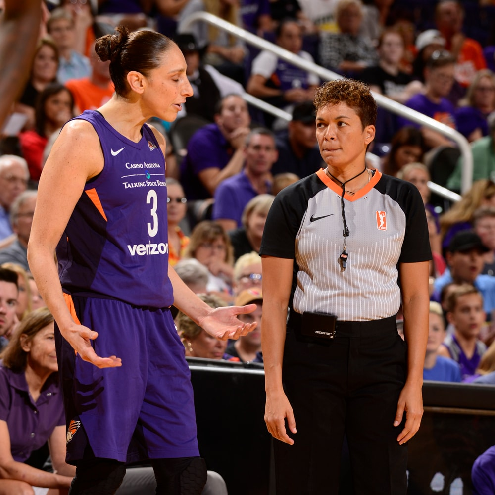 diana taurasi and a referrr