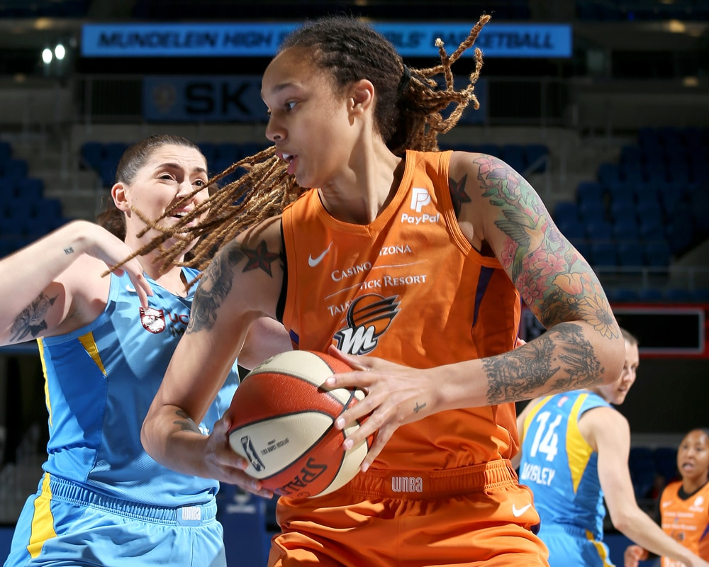 Brittney Griner in the paint