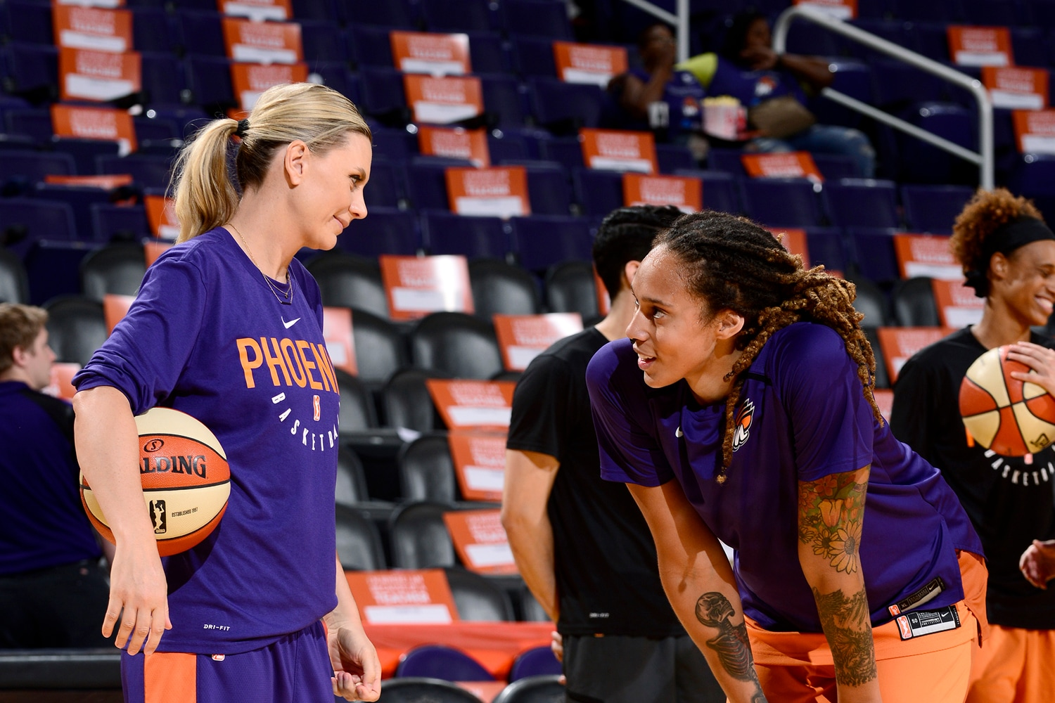 Penny Taylor and Brittney Griner pregame