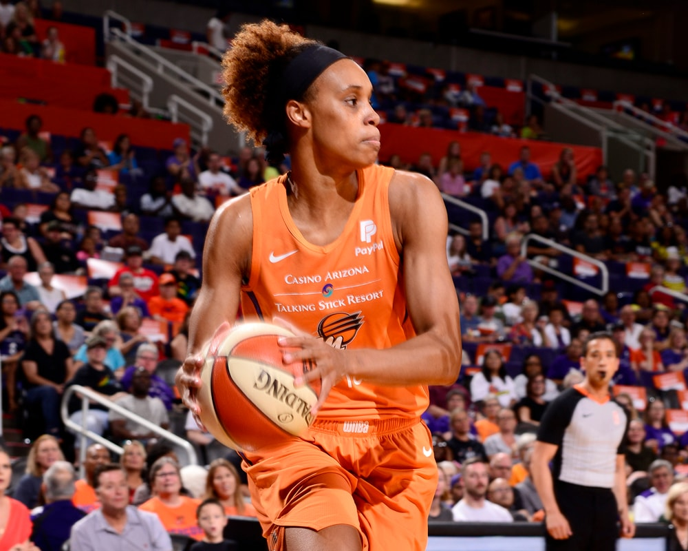 Brianna Turner dribbles into the lane