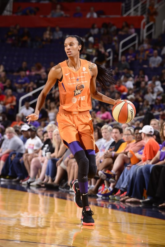 DeWanna Bonner dribble