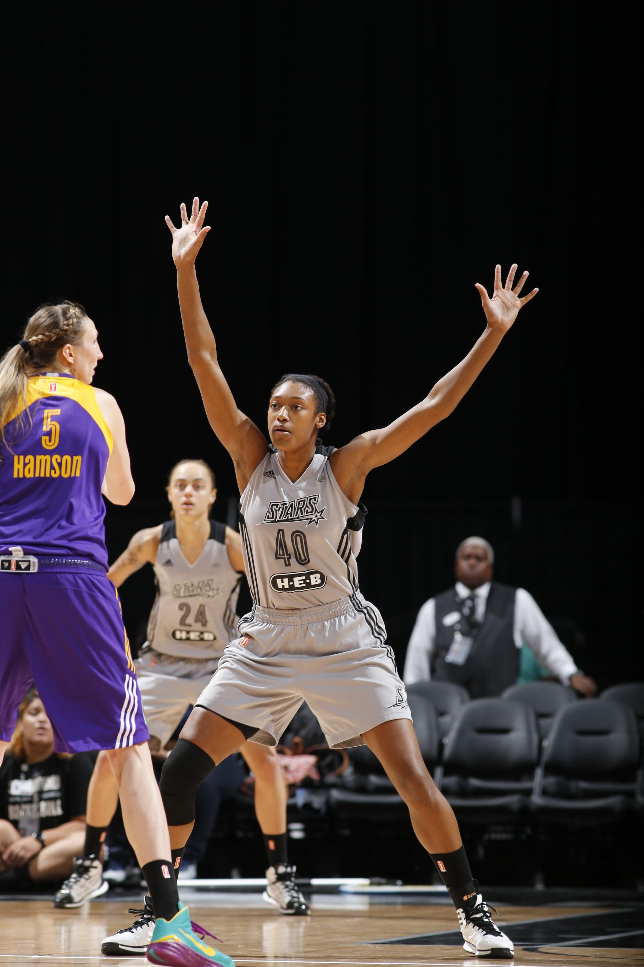 SAN ANTONIO, TX - MAY 9: Kayla Alexander #40 of the San Antonio Stars plays defense against the Los Angeles Sparks on May 9, 2016 at the AT&T Center in San Antonio, Texas. NOTE TO USER: User expressly acknowledges and agrees that, by downloading and or using this photograph, user is consenting to the terms and conditions of the Getty Images License Agreement. Mandatory Copyright Notice: Copyright 2016 NBAE (Photos by Chris Covatta/NBAE via Getty Images)