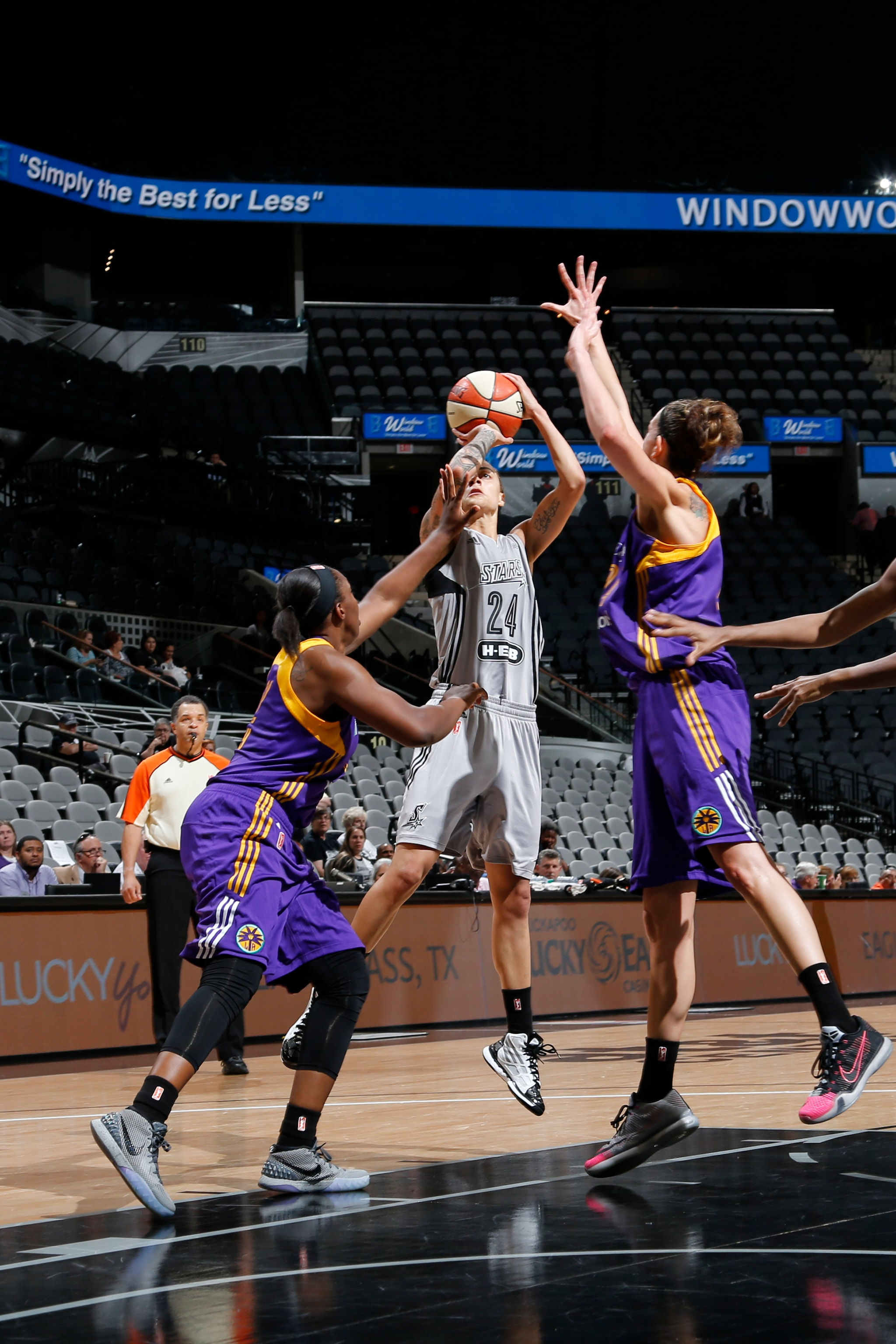 SAN ANTONIO, TX - MAY 9: Jazmon Gwathmey #24 of the San Antonio Stars shoots the ball against the Los Angeles Sparks on May 9, 2016 at the AT&T Center in San Antonio, Texas. NOTE TO USER: User expressly acknowledges and agrees that, by downloading and or using this photograph, user is consenting to the terms and conditions of the Getty Images License Agreement. Mandatory Copyright Notice: Copyright 2016 NBAE (Photos by Chris Covatta/NBAE via Getty Images)