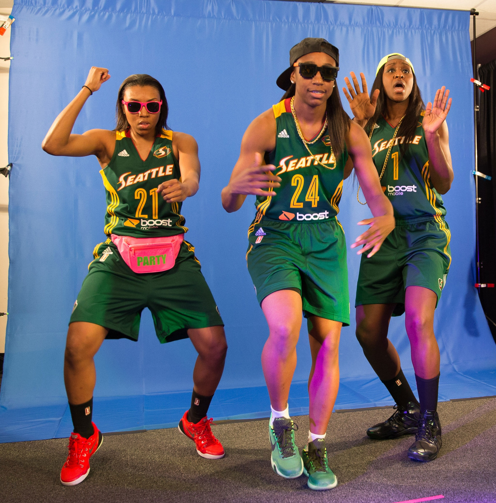 Renee Montgomery, Jewell Loyd, and Crystal Langhorne