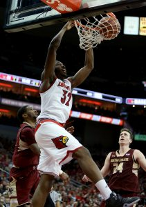 LOUISVILLE, KY - FEBRUARY 6: Chinanu Onuaku #32 of the Louisville Cardinals dunks during the second half against the Boston College Eagles at KFC Yum! Center on February 6, 2016 in Louisville, Kentucky. (Photo by Dylan Buell/Getty Images)