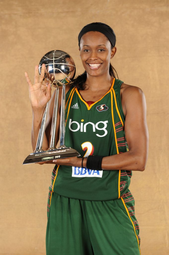 ATLANTA - SEPTEMBER 16: Swin Cash #2 of the Seattle Storm poses with the WNBA Championship Trophy after defeating the Atlanta Dream in Game Three of the 2010 WNBA Finals on September 16, 2010 at Philips Arena in Atlanta, Georgia. NOTE TO USER: User expressly acknowledges and agrees that, by downloading and/or using this Photograph, user is consenting to the terms and conditions of the Getty Images License Agreement. Mandatory Copyright Notice: Copyright 2010 NBAE (Photo by Jesse D. Garrabrant/NBAE via Getty Images)