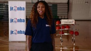 Watch WNBA player Cappie Pondexter use The Shovel Pass Drill to create easy layups with a last-second dish on a 2-on-1 fast break.