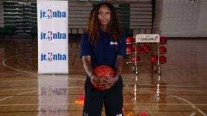 Watch WNBA player Cappie Pondexter show when is the best time to use the fundamentals of the shovel pass to set up a teammate.
