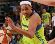 ARLINGTON, TX - JUNE 23: Plenette Pierson #22 of the Dallas Wings drives to the basket against the San Antonio Stars in a WNBA game on June 23, 2016 at College Park Center in Arlington, Texas. NOTE TO USER: User expressly acknowledges and agrees that, by downloading and or using this Photograph, user is consenting to the terms and conditions of the Getty Images License Agreement. Mandatory Copyright Notice: Copyright 2016 NBAE (Photo by Layne Murdoch/NBAE via Getty Images)