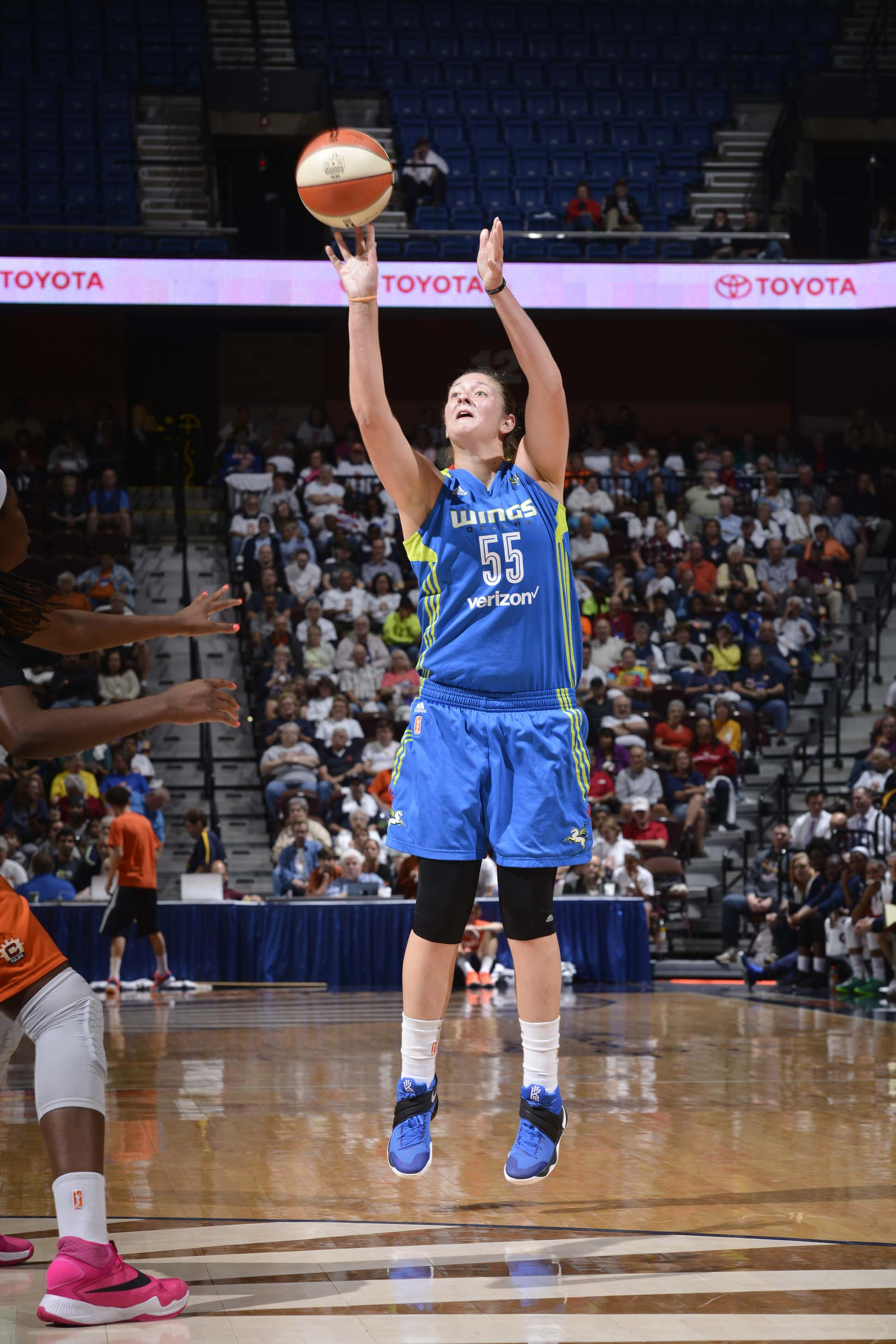 UNCASVILLE, CT - SEPTEMBER 16:  Theresa Plaisance #55 of the Dallas Wings shoots the ball against the Connecticut Sun on September 16, 2016 at the Mohegan Sun Arena in Uncasville, Connecticut. NOTE TO USER: User expressly acknowledges and agrees that, by downloading and/or using this Photograph, user is consenting to the terms and conditions of the Getty Images License Agreement. Mandatory Copyright Notice: Copyright 2016 NBAE (Photo by David Dow/NBAE via Getty Images)
