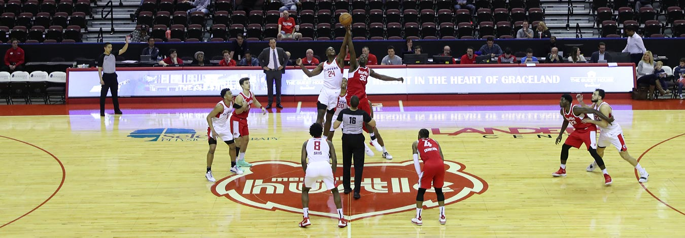 Memphis Hustle tipoff against the Agua Caliente Clippers